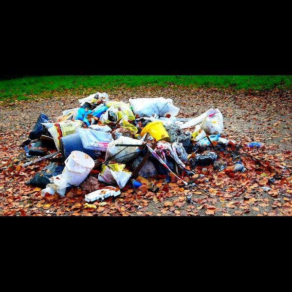 Fly tipped rubbish (Sally Morgan)